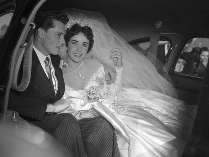 Фото №2 - Властелины кольца: звезды, у которых было рекордное количество браков