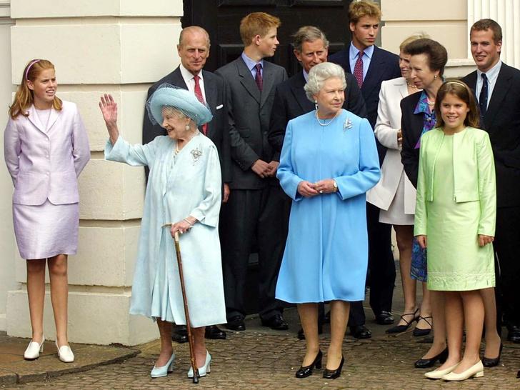 Фото №15 - Одним цветом: как королевские особы носят монохромные образы— 30 вдохновляющих примеров
