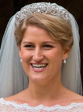 Фото №3 - Еще одна невеста, которая надела на свою свадьбу «проклятую» тиару Спенсеров (но до сих пор счастлива в браке)