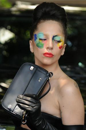 Фото №24 - Как хорошела Леди Гага: все о громких бьюти-экспериментах звезды