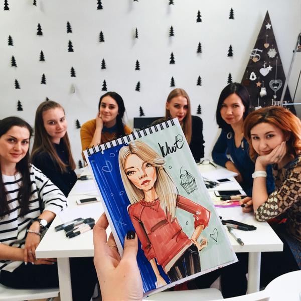 Фото №2 - Автор обложки Elle Girl Катя Хотунцева: «Для меня это большая честь!»