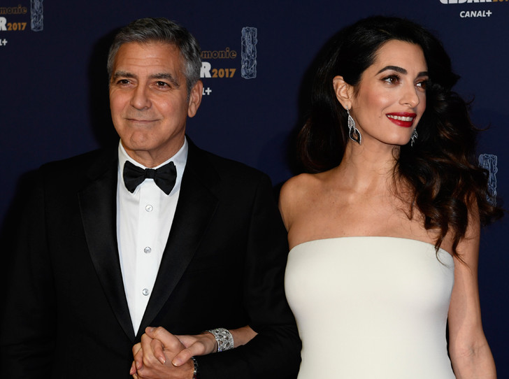 Фото №15 - Самые красивые и деятельные жены миллионеров