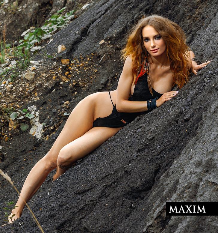 Фото №1 - Актриса фильма «Вратарь Галактики» Мария Лисовая в фотосессии MAXIM