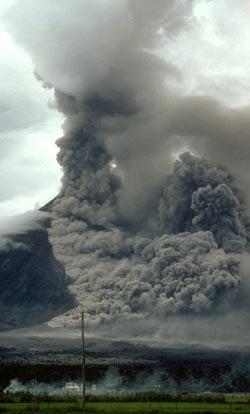 Фото №3 - Разрывы в жидкой лаве