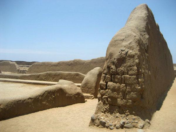 Фото №4 - С оглядкой на руины