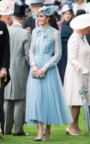Фото №12 - Гардероб на миллион: самые дорогие наряды герцогини Кейт