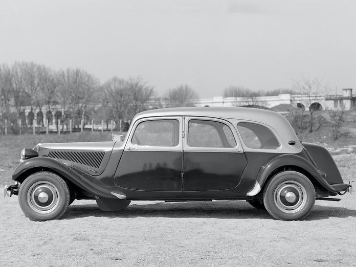 Фото №8 - От зубцов и боеприпасов до автомобиля Фантомаса: история и современность Citroën