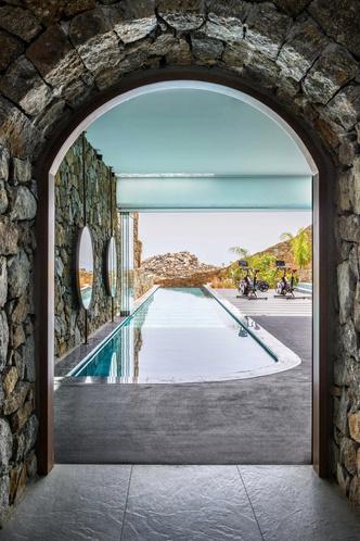 Фото №2 - Отель на Миконосе для спортивной реабилитации