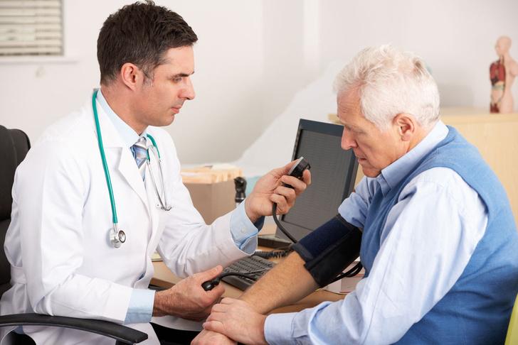 Фото №1 - Медики назвали одну из главных опасностей высокого давления