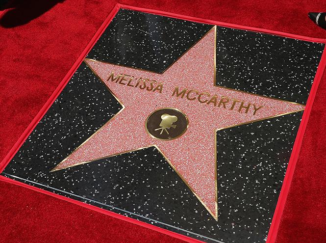 Фото №2 - Мелисса МакКарти удостоена звезды на Аллее cлавы