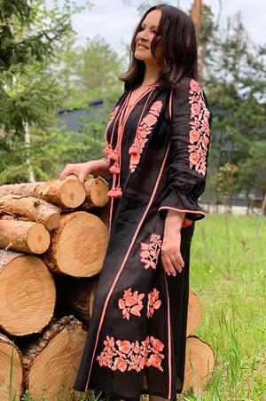 Фото №1 - София Ротару показала идеальную фигуру в прозрачном платье