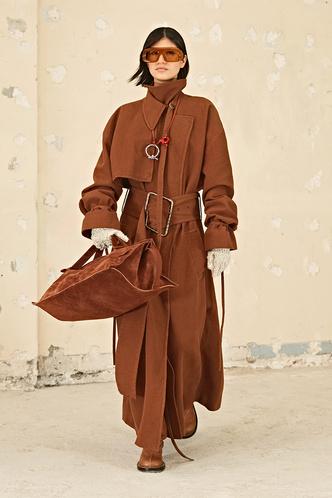 Фото №3 - Полный гид по самой модной верхней одежде на осень и зиму 2021/22