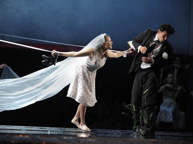 Фото №3 - Три главных театральных премьеры сентября: сказки, музыка и другая реальность