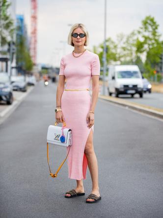 Фото №3 - Модный гороскоп: как выбрать идеальное платье по знаку Зодиака