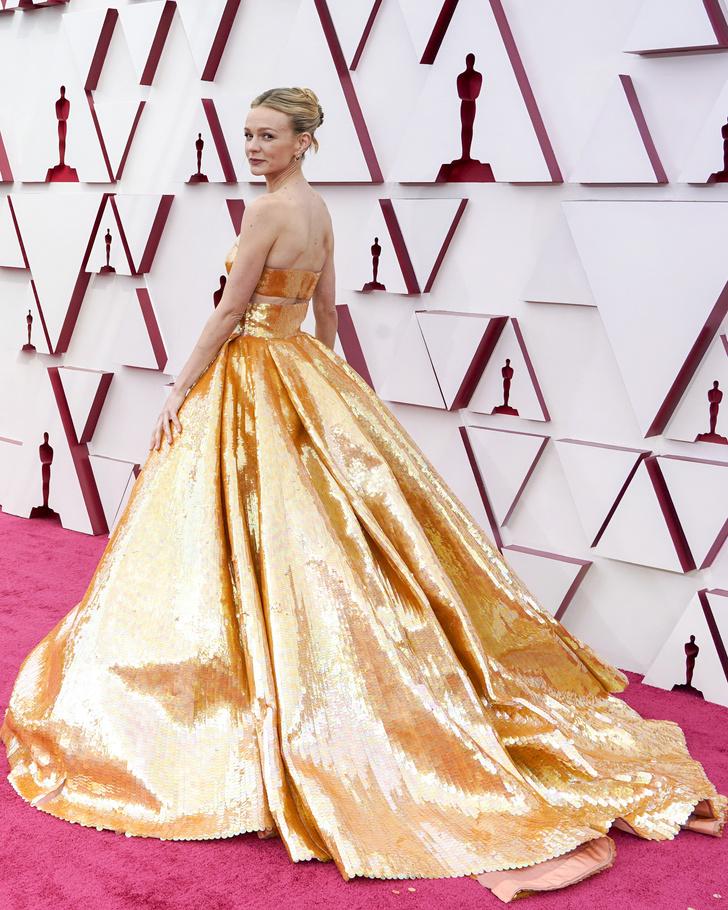 Фото №3 - Золотой век Голливуда: Кэри Маллиган в кутюрном платье Valentino