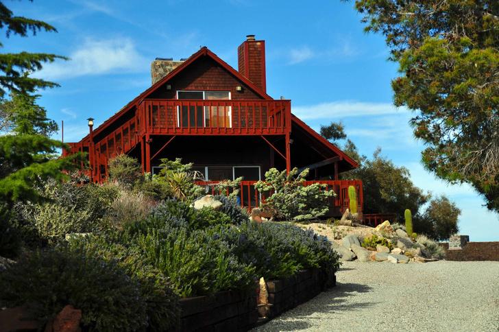 Фото №1 - В Калифорнии продается бывший дом Фрэнка Синатры