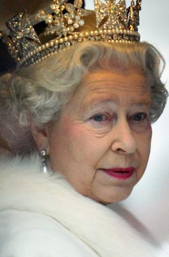 Фото №3 - Королева красоты: бьюти-правила Елизаветы II