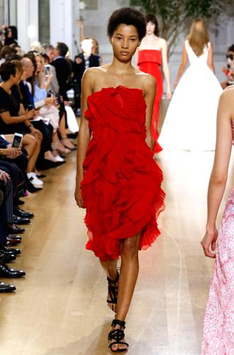 Фото №9 - 13 трендов весны (и лета) с показов Недели моды в Нью-Йорке