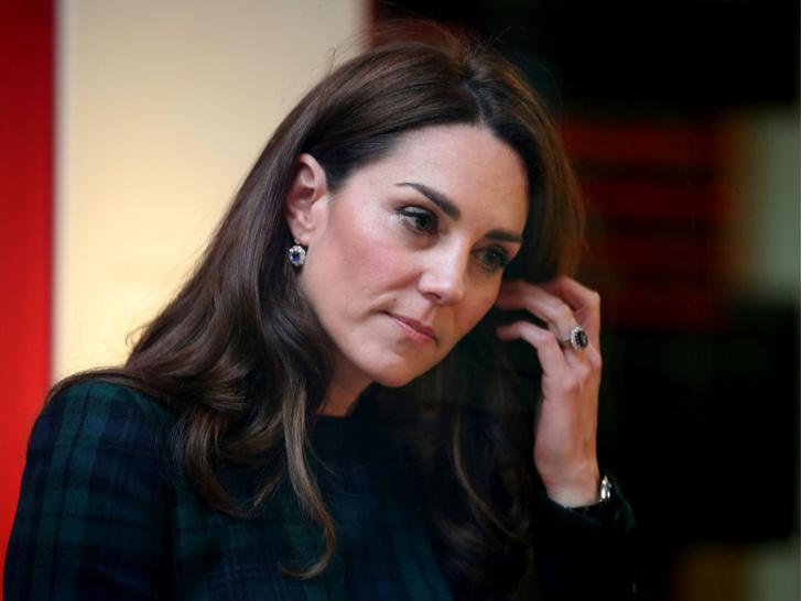 Фото №3 - Секрет безупречных бровей герцогини Кейт
