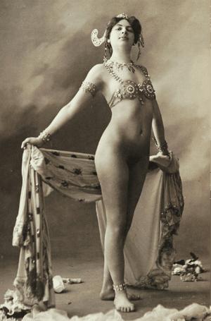 Фото №13 - Женщина-загадка: 5 настоящих причин «бессмертия» Маты Хари