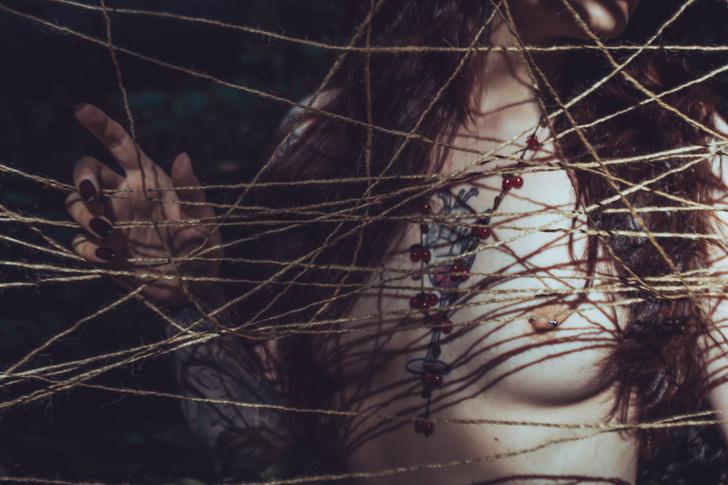Фото №8 - #Нюдсочетверг: откровенные фотографии самых красивых девушек из «Твиттера». Выпуск 13