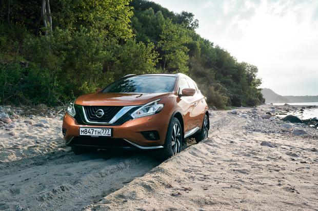 Фото №5 - Nissan построил империю внедорожников