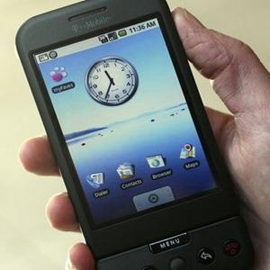 Фото №1 - Мобильники в опасности