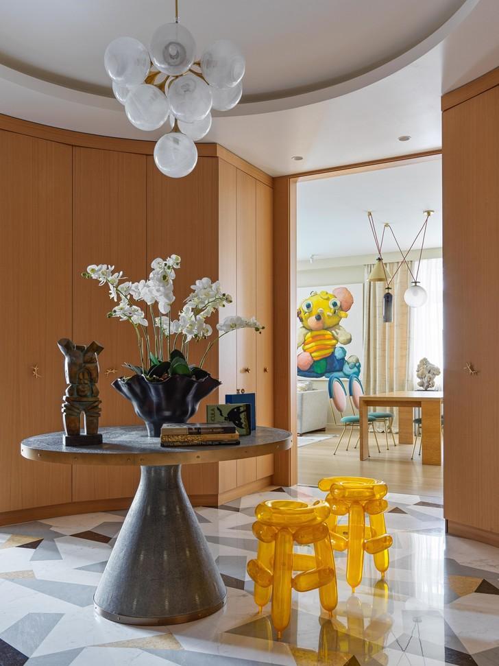 Фото №8 - Домашняя коллекция: какие произведения искусства есть дома у Полины Аскери