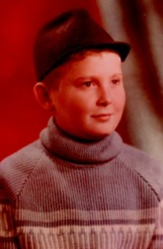 В третьем классе он знал, что будет артистом.