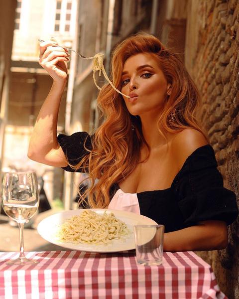 Фото №1 - «Сложно первые 3 дня— особенно отказываться от ужина»: Татьяна Котова делится правилами интервального голодания