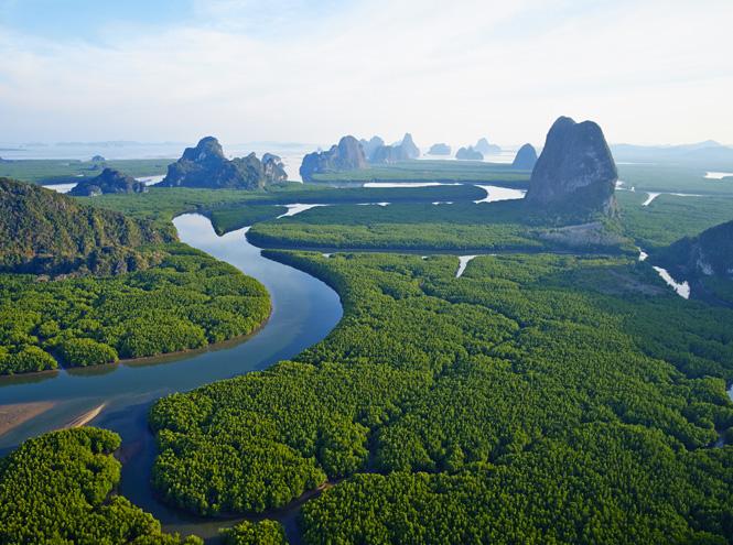 Фото №5 - 10 самых впечатляющих горных пейзажей мира