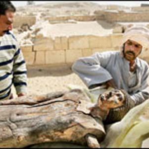 Фото №1 - В Саккарском некрополе обнаружены еще захоронения