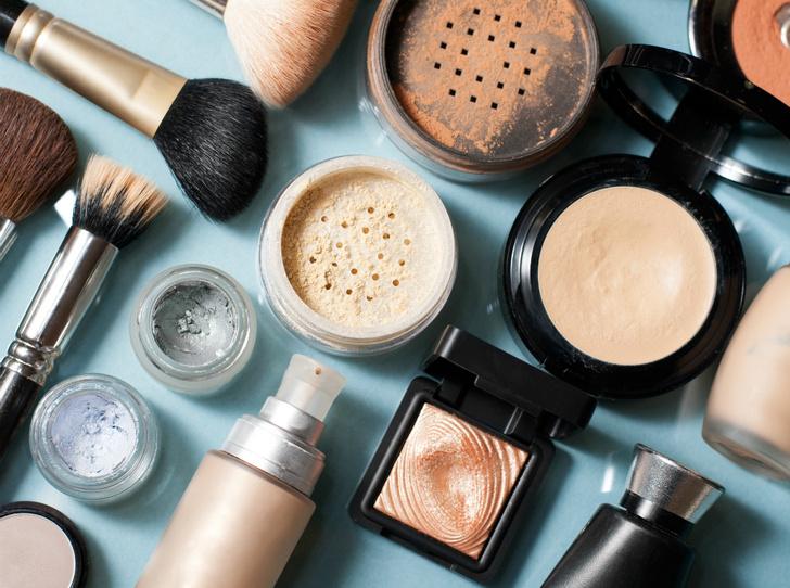 Фото №6 - 3 вещи, которые вредно делать перед макияжем