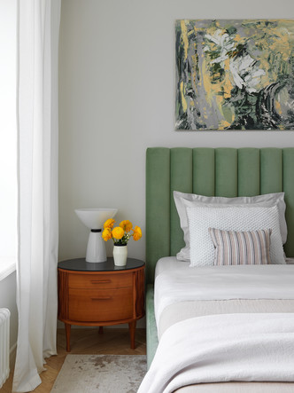 Фото №13 - Современная квартира с винтажной мебелью