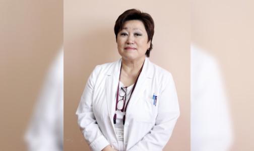Фото №1 - Известный пульмонолог умерла после заражения - ей диагностировали вирусную пневмонию