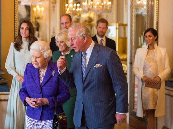 Фото №4 - Принц Чарльз намекнул на дату рождения первенца Сассекских