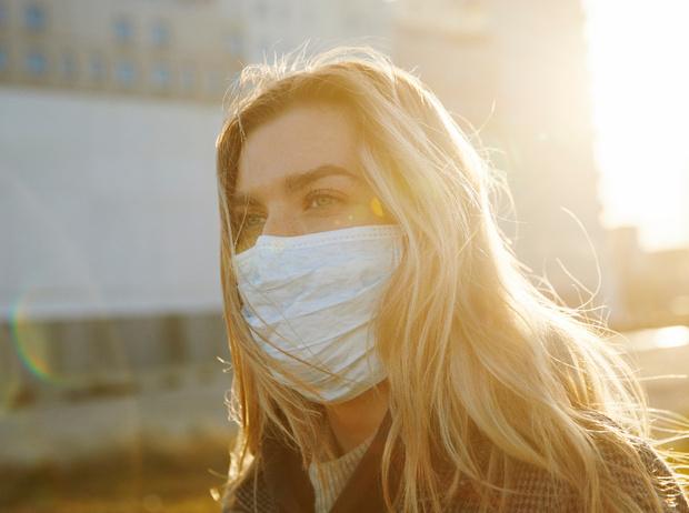 Фото №1 - Первое средство защиты: носим маски правильно и безопасно
