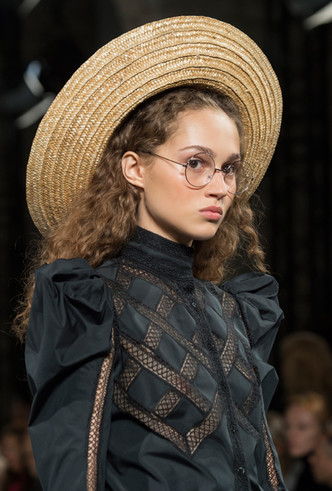 Фото №5 - Летние шляпы: 5 самых стильных моделей этого сезона