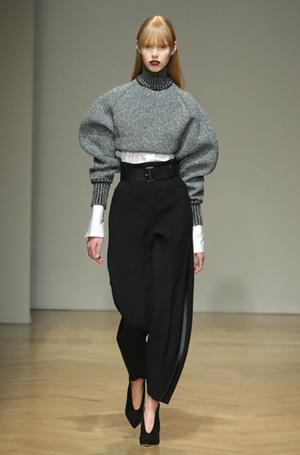 Фото №42 - И в тренде, и в офисе: 7 самых модных идей одежды для работы