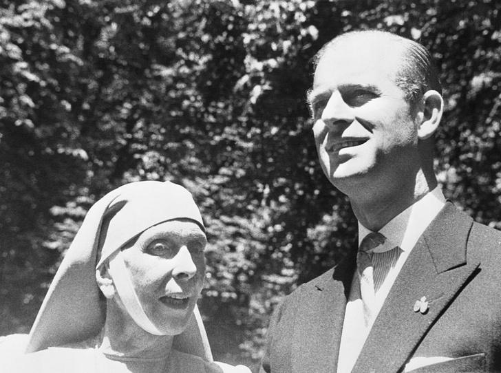 Фото №3 - Запретная любовь и разрушенный брак матери принца Филиппа