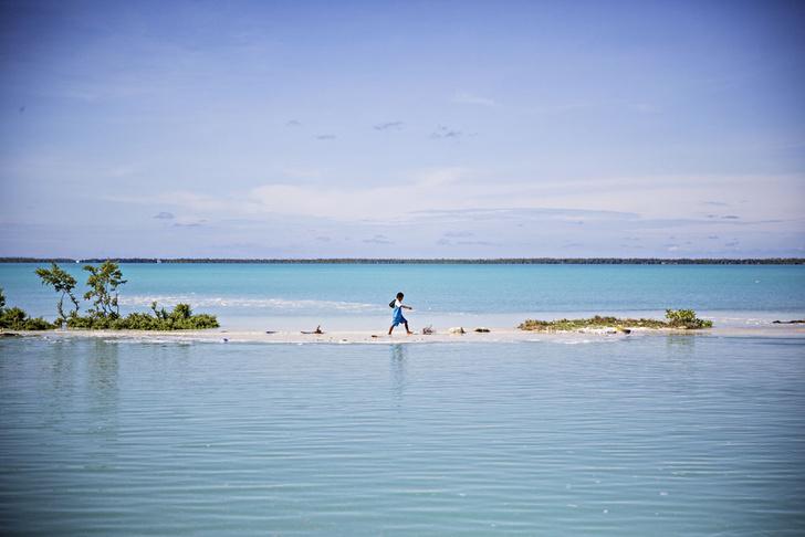 Фото №1 - Голубая бездна: как спасти Кирибати