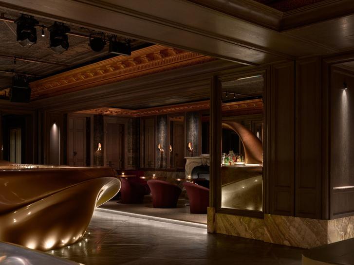 Фото №6 - Сюрреалистический бар в Дубае