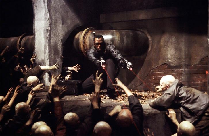 Кадр из фильма Блэйд 2 (Blade II) режиссёра Гильермо дель Торо