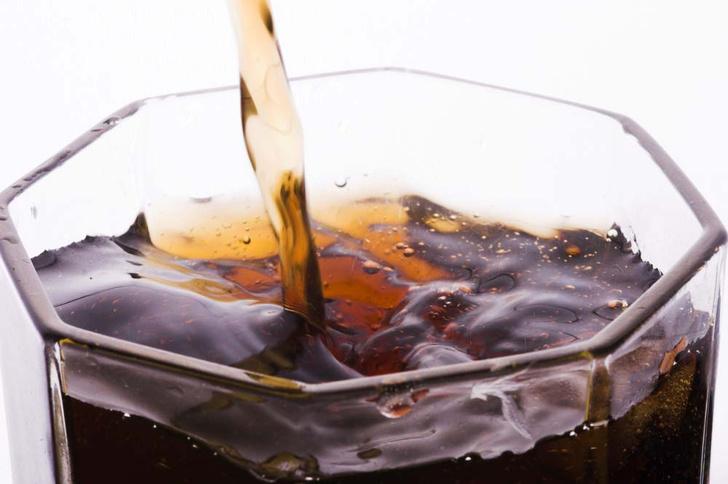 Фото №8 - Секретный компонент: 9 фактов о коле ко дню рождения напитка