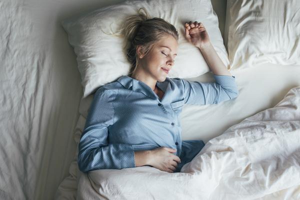 Фото №1 - Тест: что говорит о тебе поза, в которой ты спишь