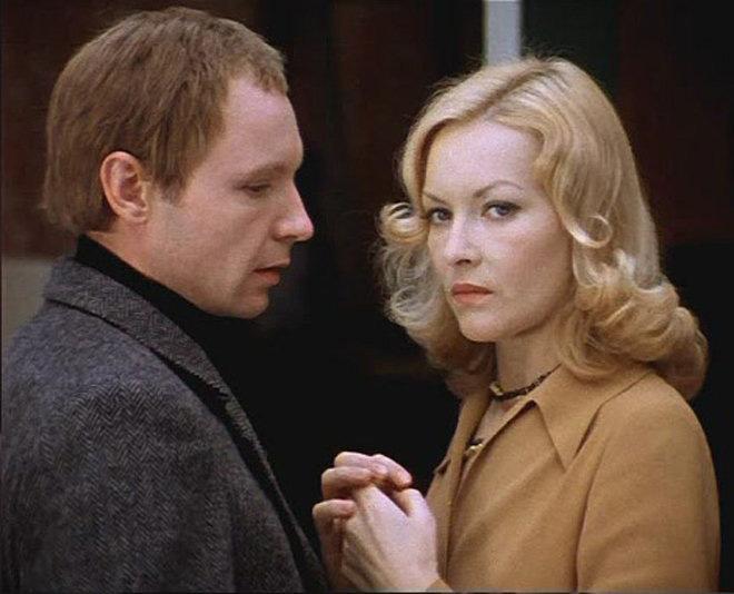кадр из фильма «Ирония судьбы, или С легким паром!»