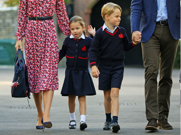 Фото №1 - Такая разная жизнь: почему принц Джордж завидует принцессе Шарлотте