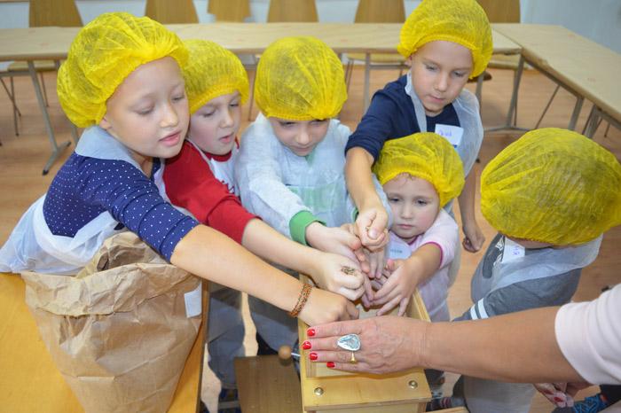 Фото №2 - В Москве пройдет семейный фестиваль профессий для детей «Дети О+»