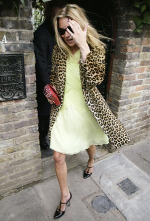 Фото №11 - 10 модных правил Кейт Мосс, которые сделали ее иконой стиля