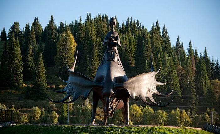Фото №3 - Усы, лапы, хвост: 7 удивительных памятников животным